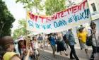 """法国巴黎组织游行活动 维护""""疯子的尊严"""""""