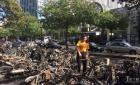 巴黎56辆摩托车在蒙帕纳斯被人纵火烧毁【图】